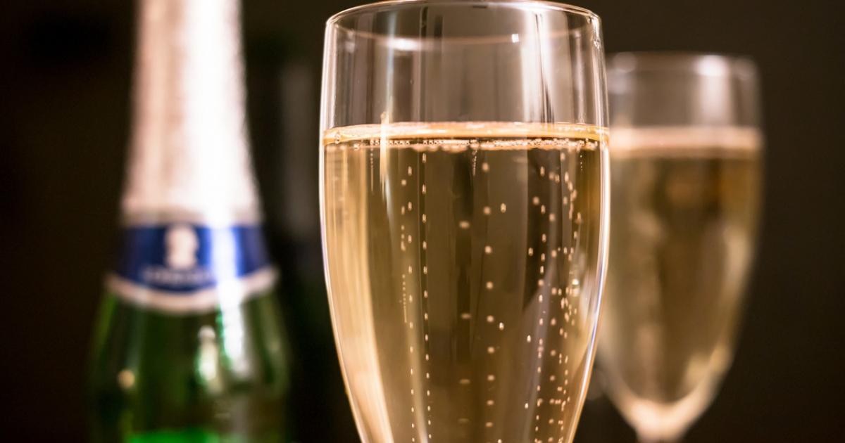 Hotel i Restauracja Bona zaprasza na szampańskiego sylwestra!