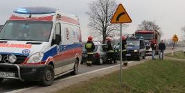 UWAGA: Wypadek między Pakoszówką a Grabownicą. Jedna osoba w szpitalu. Pas w kierunku Sanoka był zablokowany (ZDJĘCIA)