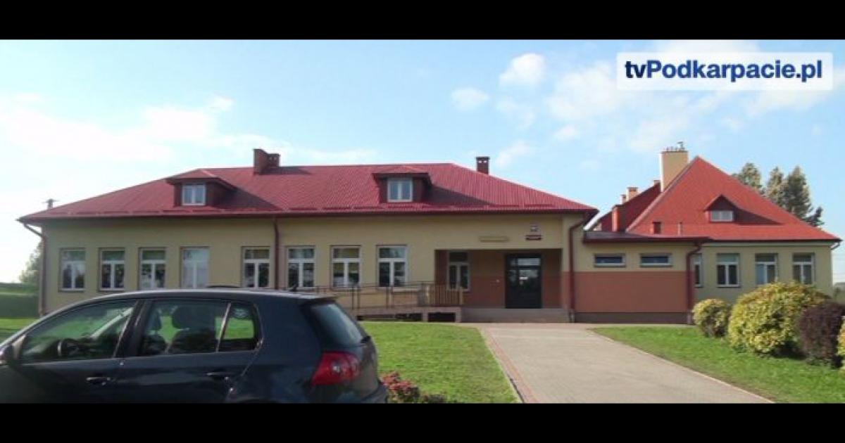 ZMIENNICA: Ostatnia szkoła w gminie Brzozów bez sali gimnastycznej doczeka się własnego obiektu (FILM)