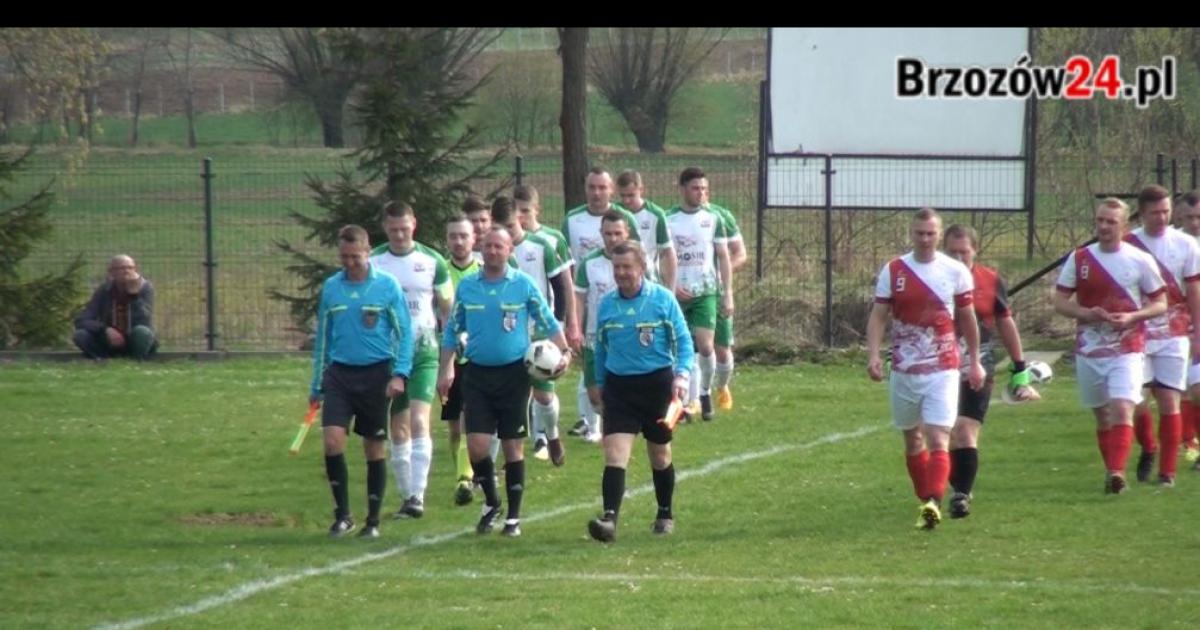 6 bramek w Komborni! Cenne zwycięstwo Brzozovii Brzozów. Hattrick Herbuta (SKRÓT VIDEO)