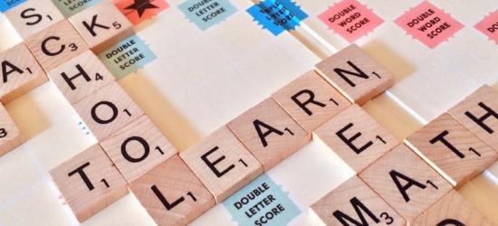 Ile kosztuje dobry kurs językowy? Sprawdzamy iszukamy tańszych alternatyw