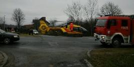 Groźny wypadek w Domaradzu. Jednego z kierowców śmigłowcem przetransportowano do szpitala (ZDJĘCIA)