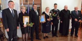 Święto Patrona Powiatu Brzozowskiego: Przyznano statuetki zasłużonym, uhonorowano nauczycieli (ZDJĘCIA)