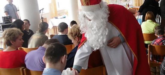 Święty Mikołaj przyjechał w asyście quadów (ZDJĘCIA)