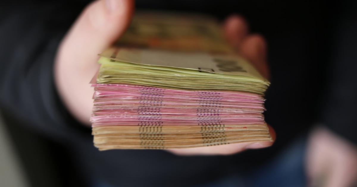 Jak wybrać kredyt gotówkowy? 4 najczęściej zadawane pytania