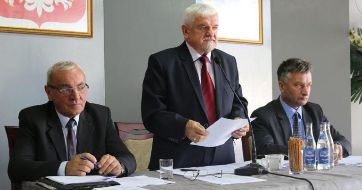 SESJA RADY MIEJSKIEJ: Radni podejmą decyzję w sprawie absolutorium dla burmistrza (PORZĄDEK)