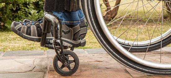 GMINA BRZOZÓW: Bezcenna pomoc dla niepełnosprawnych. Darmowy transport!