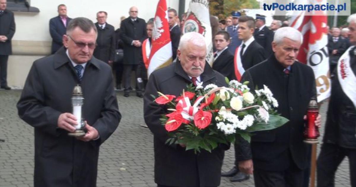 Powiat brzozowski oddał hołd swojemu patronowi. Ks. Jerzy Popiełuszko jednoczy mieszkańców (FILM)