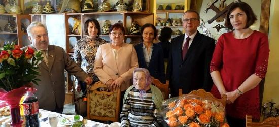 Piękny jubileusz. Setne urodziny pani Stanisławy (FOTO)
