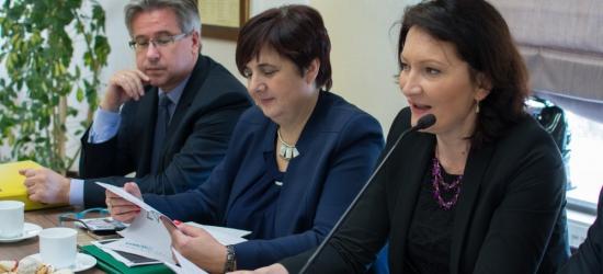 BRZOZÓW24.PL: O reformie oświaty i służbie zdrowia debatowano na Konwencie Powiatów Podkarpacia (ZDJĘCIA)