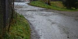 INTERWENCJA: Czy ulica Kręta w Brzozowie powinna tak wyglądać? (ZDJĘCIA)