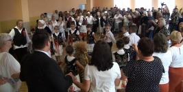 Rolnicy czekali na ten dzień od dawna. Zobacz jak świętowano zakończenie żniw w gminie Brzozów (FILM)