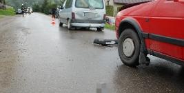 PRZYSIETNICA: W wypadku uczestniczyły 3 pojazdy. Kobieta i dwoje dzieci trafiło do szpitala (ZDJĘCIA)