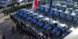 Nowe radiowozy dla podkarpackiej Policji (FILM, ZDJĘCIA)