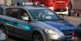 KRONIKA POLICYJNA: Ukradł samochód i pijany wjechał nim do rowu i amatorzy alkoholowych schadzek na rynku