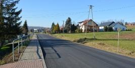 NIEBOCKO: Nowa nawierzchnia asfaltowa na odcinku 900 metrów (ZDJĘCIA)