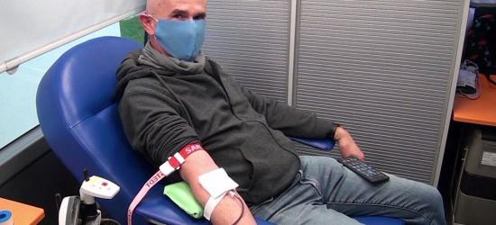 BRZOZÓW: Krwiobus przy liceum. Brzozowianie chętnie wzięli udział w akcji (VIDEO, ZDJĘCIA)