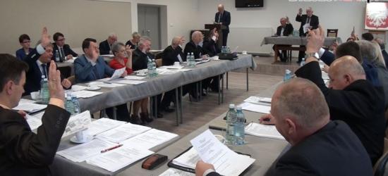 AKTUALIZACJA: Miasto weźmie 4 mln zł kredytu na pilne potrzeby drogowe. Rada niemal jednogłośna