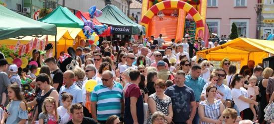 Tłumy na brzozowskim Rynku! To był Dzień Dziecka jak z bajki (VIDEO, ZDJĘCIA)