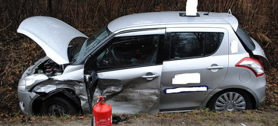 """""""Czołówki"""" było bardzo blisko. Audi uderzyło w samochód nauki jazdy (ZDJĘCIA)"""