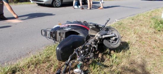 BRZOZÓW24.PL: Wjechał w zaparkowany samochód. Twierdził, że oślepiło go słońce