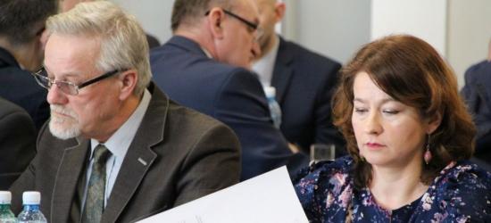 SESJA W MIEŚCIE: Wolne wnioski radnych. Głos zabierają również sołtysi i mieszkańcy (FILM, ZDJĘCIA)
