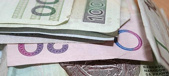 BRZOZÓW: Zaatakował własną matkę dla 50 złotych