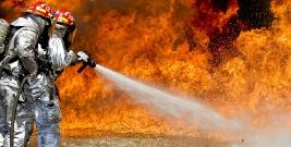 """SEZON ZIMOWY: ,,Wzrost liczby ofiar śmiertelnych i osób poszkodowanych"""". Zatrucia czadem i pożary"""
